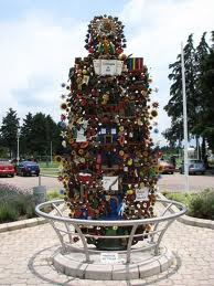 Large Tree of Life In Bicnetenial Pk